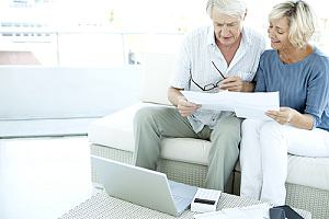 Couple income planning couch