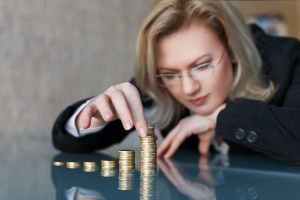 business women doing retirement income
